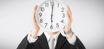 W jaki sposób zmiana czasu wpływa na naszą efektywność w pracy?