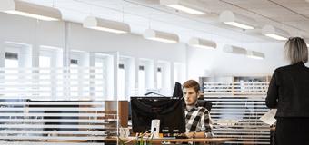 Zła jakość powietrza w biurze. Dowiedz się co możesz z tym zrobić