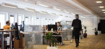 Dlaczego warto montować urządzenia klimatyzacyjne w biurze?