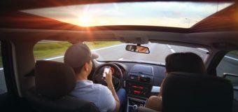 Jak unikać przykrych niespodzianek podczas samochodowych podróży służbowych za granicę?
