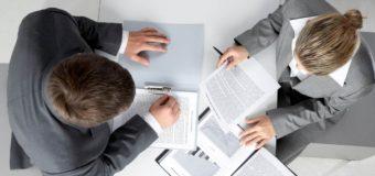 Czy rodzaj umowy o pracę ma wpływ na zdolność kredytową?