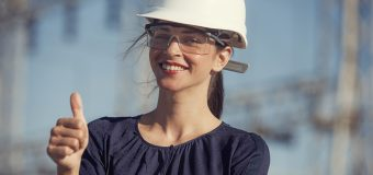 Okulary korekcyjne dla pracownika – kto finansuje ich zakup?