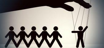Techniki manipulowania ludźmi w sprzedaży XXI wieku – aspekt moralny