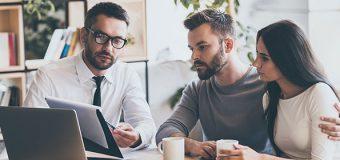 Czy praca agenta nieruchomości to coś dla Ciebie? Poznaj plusy i minusy!