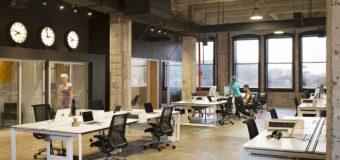W jaki sposób przystosować halę do pomieszczeń biurowych?