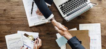 Umowa z deweloperem – na jakim etapie najlepiej ją podpisać?