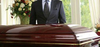 Praca w zakładzie pogrzebowym – czy to zajęcie dla Ciebie?