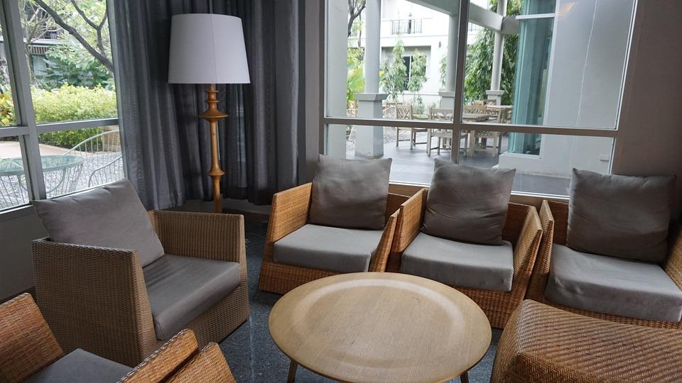 furniture-1041492_960_720