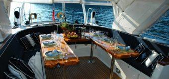 Czym kierować się przy wyborze jachtu na imprezę firmową?