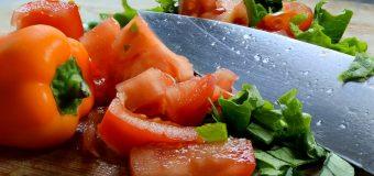 Nóż – atrybut szefa kuchni. Jak go wybrać?
