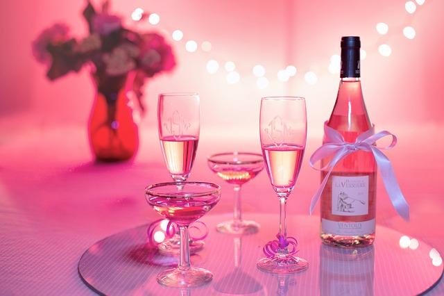 pink-wine-1964457_640