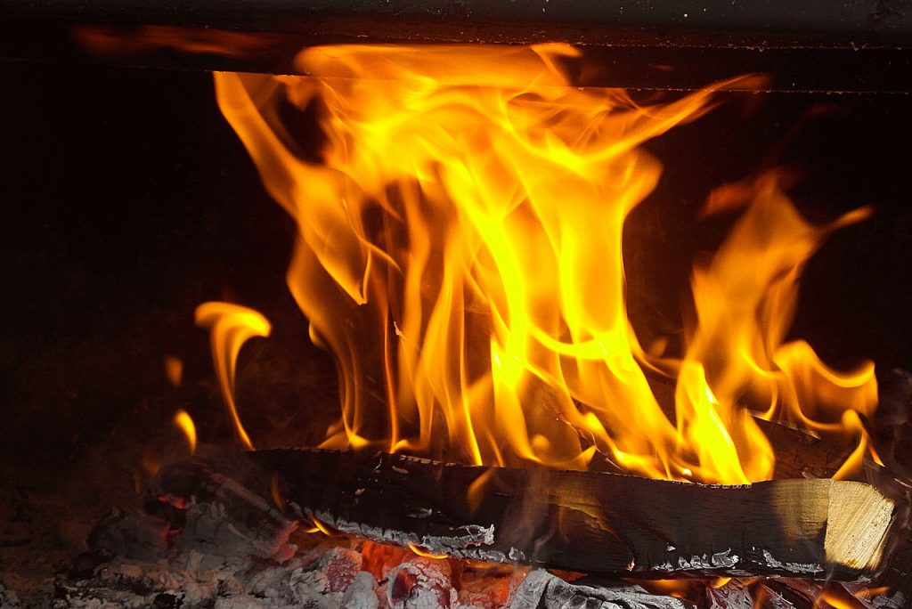 fire-4375416_1280