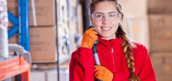 Profesjonalny serwis sprzątający – co będzie Ci potrzebne do otwarcia biznesu?