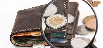 Chodzi o pieniądze… Doradca finansowy radzi, jak korzystać z kredytów ratalnych.