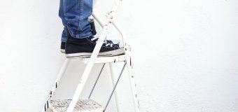 Drabina domowa – jak korzystać z niej rozsądnie?