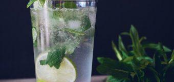 Napoje podczas pracy – jakie najlepiej spożywać?