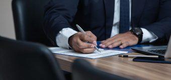 Jak znaleźć kancelarię prawną, która udziela porad z zakresu prawa pracy?