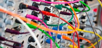 Systemy automatyki: bezpośrednie przemienniki częstotliwości (falowniki)